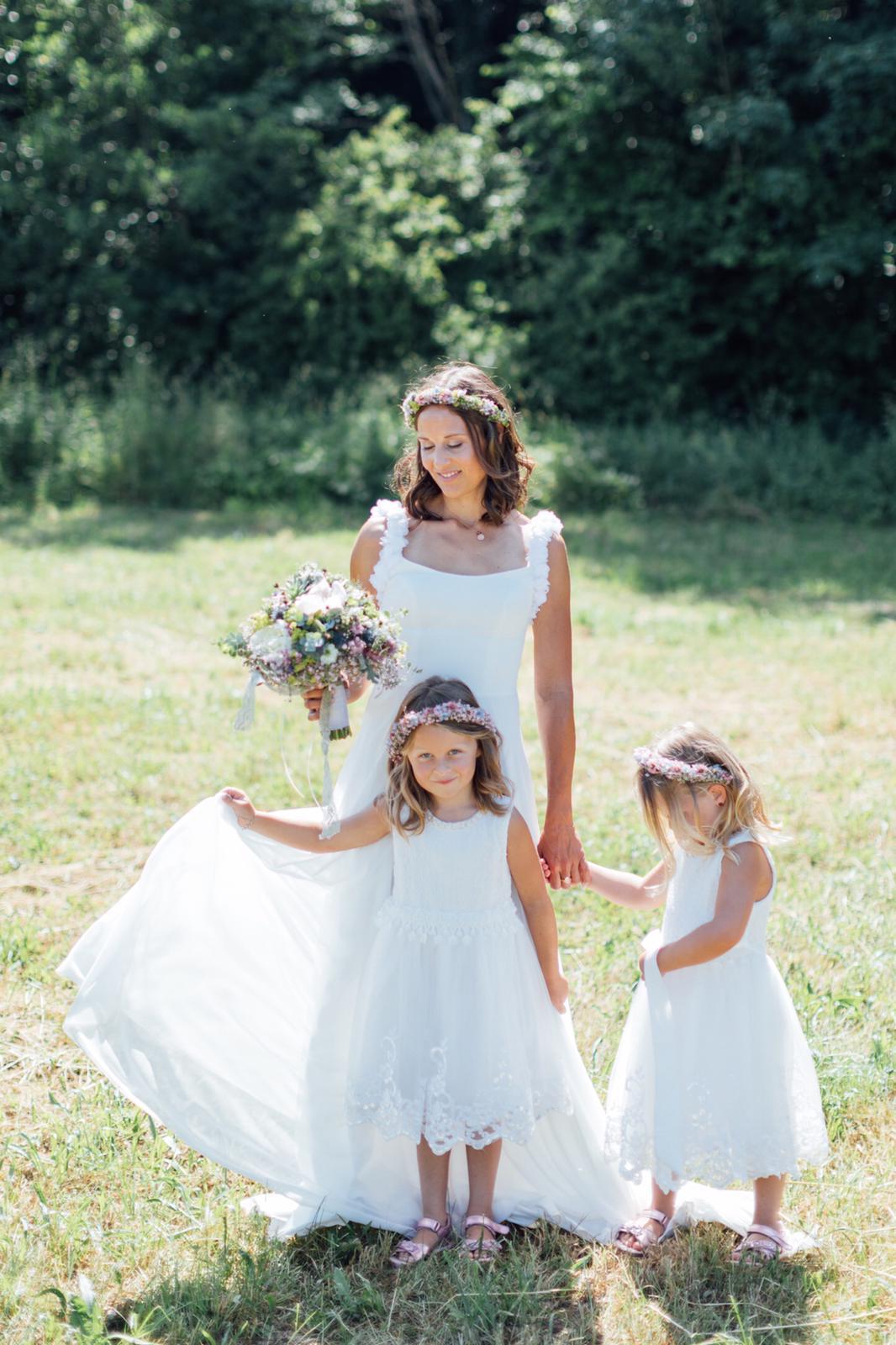 Lovelly die Fee Brautkleider Wels